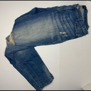 Distressed Judy blue jeans